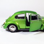 Volkswagen_Kafer_beetle_salatovii_shine_sa-5