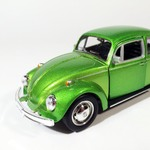 Volkswagen_Kafer_beetle_salatovii_shine_sa-3