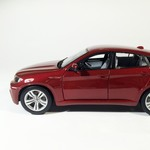BMW_x6M_bordovii_sa_4